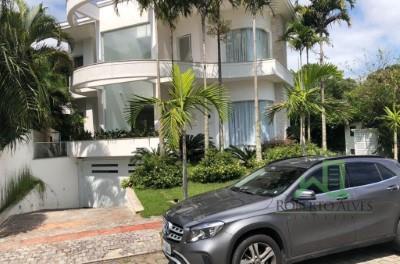 Casa com 4 dormitórios para alugar temporada, 350 m² por R$ 3.750/dia - Jurerê - Florianópolis/SC